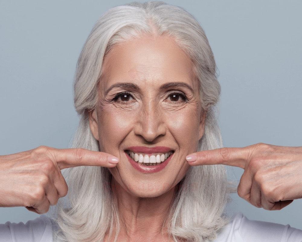 imagen de protesis dental clinica dental linares